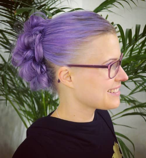 SIMPLE CURL UPDO HAIRSTYLE