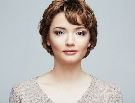 25 Most Flattering Long Pixie Hairstyle Ideas