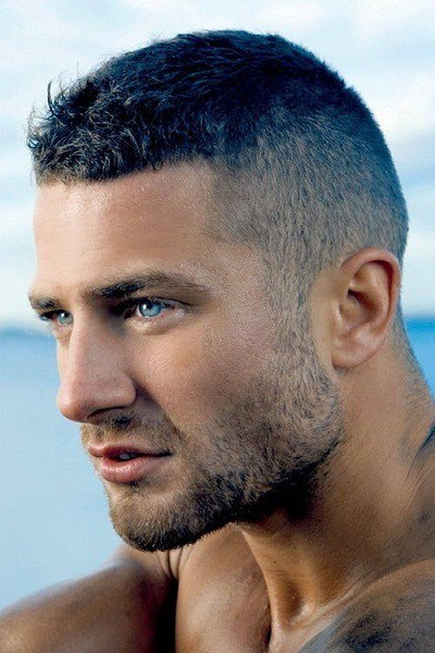 21 Best Short Spiky Haircuts For Guys