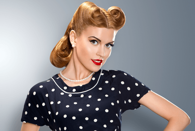 25 Vintage Victory Rolls From 1940s Any Woman Can Copy