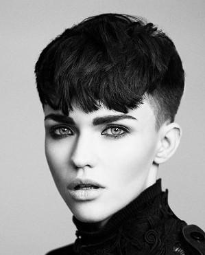 30 Bangs Hairstyles For Short Hair