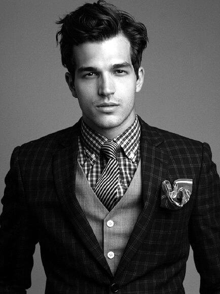 16 Professional Hairstyles For Men