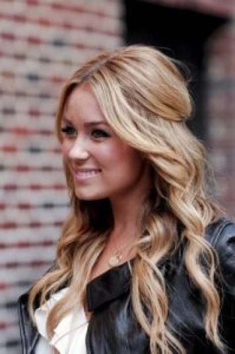 Hairstyles For Round Face Women Loose Half Up Half Down Pony Tail