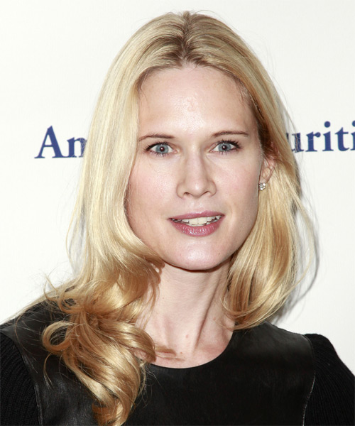 Stephanie March Hairstyles In 2018