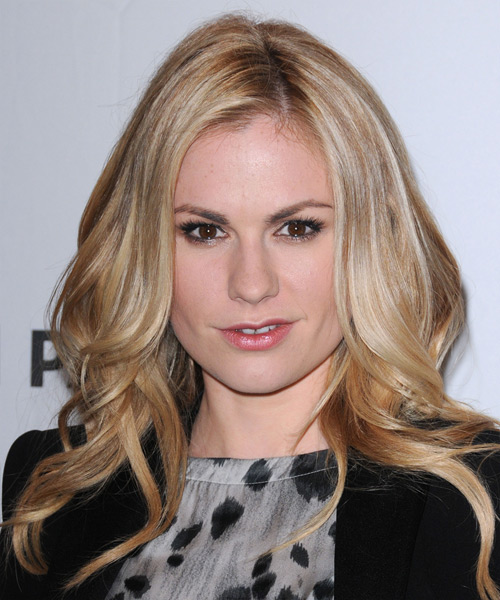 Anna Paquin Long Wavy Casual Hairstyle Blonde Hair Color