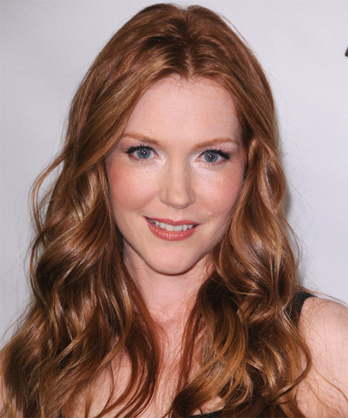 Darby Stanchfield Hairstyles Gallery