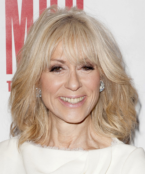 Judith Light Medium Straight Casual Hairstyle With Side