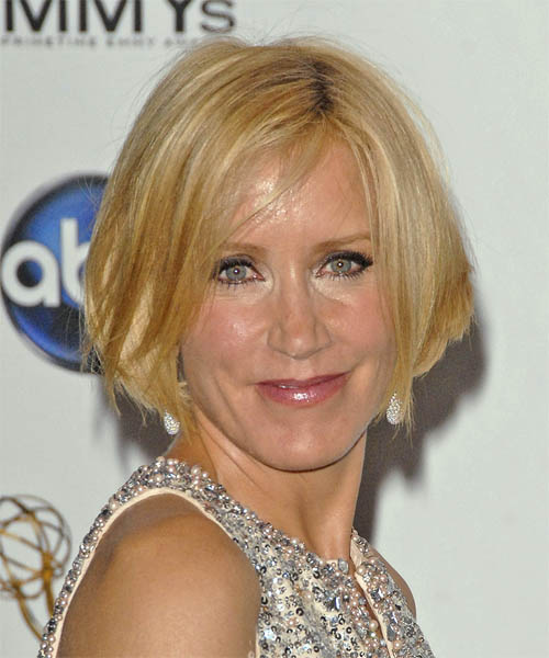 Felicity Huffman Casual Short Straight Hairstyle
