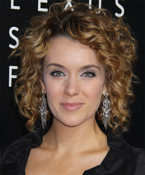 Medium Curly Hairstyles Casual