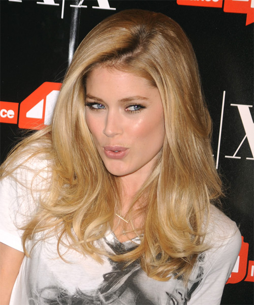 Doutzen Kroes Long Straight Casual Hairstyle Blonde Hair