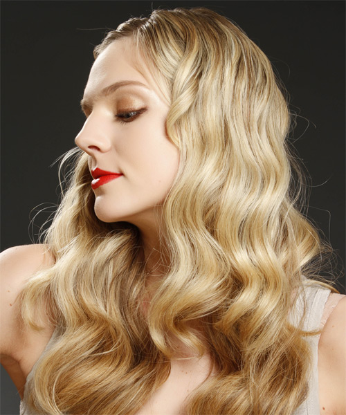 Long Wavy Casual Hairstyle Blonde Hair Color