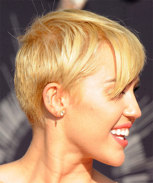 Miley Cyrus Short Straight Casual Hairstyle Honey Blonde