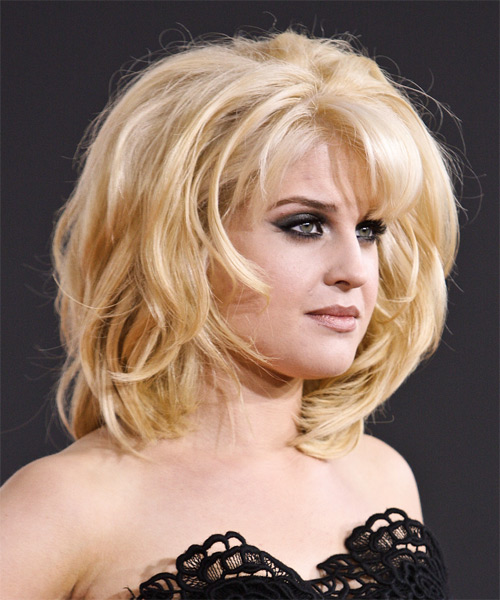 Kelly Osbourne Medium Straight Formal Hairstyle With Blunt