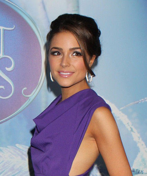 Olivia Culpo Long Straight Formal Updo Hairstyle With Side