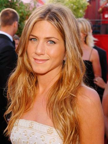 Jennifer Aniston cute long hairstyle