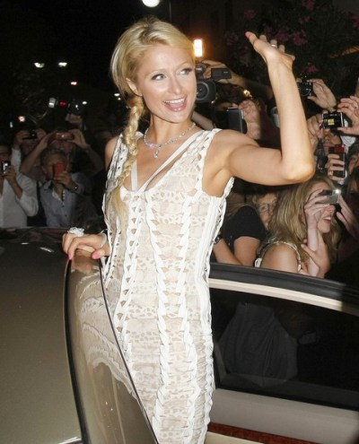 Glam Long Indiana Haircut from Paris Hilton at The Papagayo Club