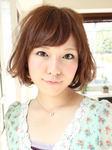 Cute short Japanese bob hair style with side swept bangs 2013