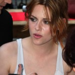 Kristen Stewart Loose Medium Hairstyles