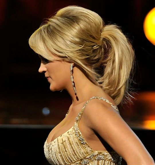 Carrie Underwood Teased Ponytail Hairstyle