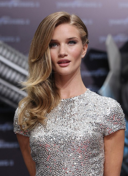 21 Most Attractive Long Side Part Hairstyles Hairstyles