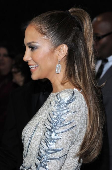 Jennifer Lopez Half Up Half Down Ponytail Hairstyle