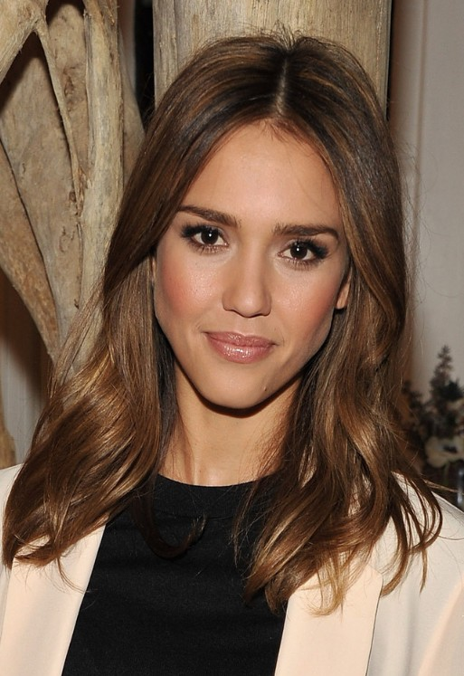 Jessica Alba Long Brown Wavy Hairstyle