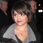 Norah Jones Cute short bob hairstyle for thin hair