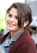 Selena Gomez Cute Messy Ponytail