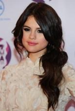 Selena Gomez Long Black Loose Ponytail Hairstyle