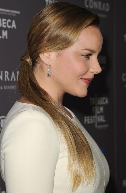 Side View of Ponytail Hairstyle - Long Sleek Ponytail