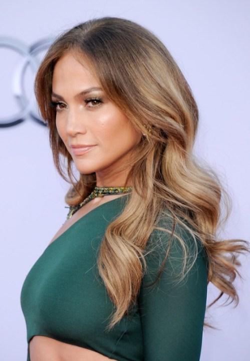 Jennifer-Lopez-Long-Sleek-Hairstyle