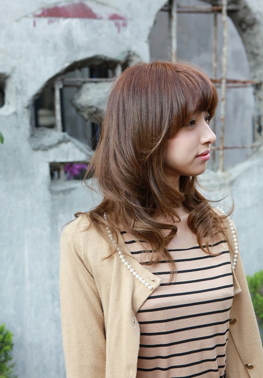 Asian Girls Shoulder Length Wavy Hairstyle With Full Bangs