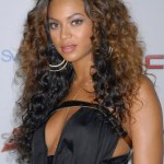 Beyonce Knowles Layered Ombre Curly Hair