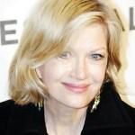 Diane Sawyer Hairstyles: Layered Medium Bob Hairstyle for Older Women