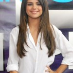Selena Gomez Daily Hairstyles for Girls