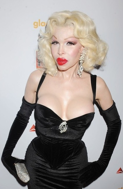 Amanda Lepore Short Curly Hairstyle Hairstyles Weekly