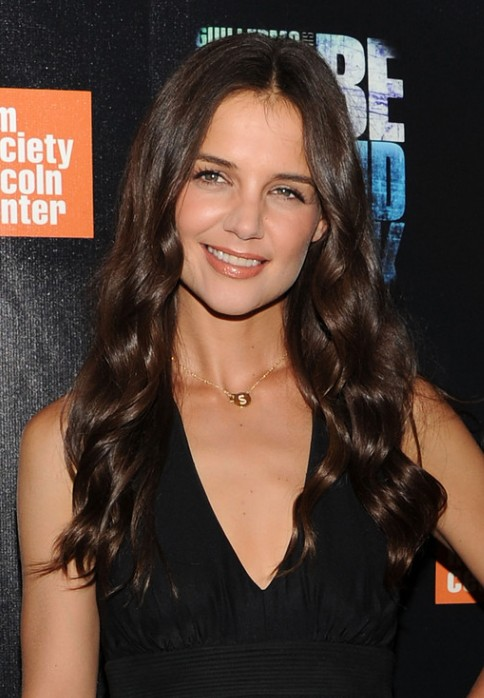 Katie Holmes Loose Curly Hairstyle For Long Hair