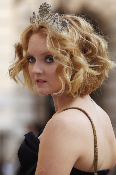 Lily Cole Romantic Short Wavy Hairstyle