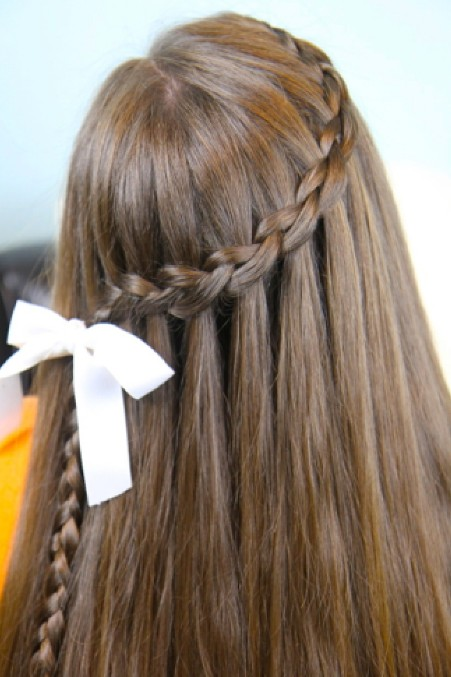 Cute Waterfall Braid Hairstyle