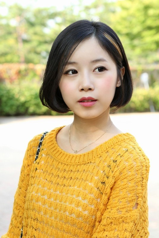 Lovely Short Bob Hairstyle for Asian Girls
