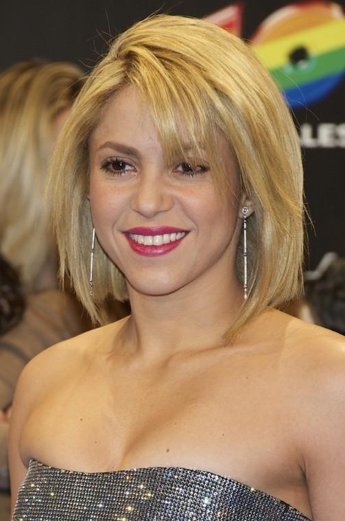 Shakira Short Blonde Bob Hairstyle