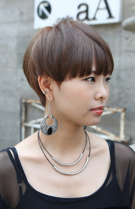 Boyish Short Haircut With Blunt Bangs Asian Hairstyles