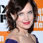 Elizabeth McGovern Wavy Hairstyles for Women Over 50