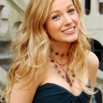 Blake Lively - Sexy long blonde wavy hairstyle for girls