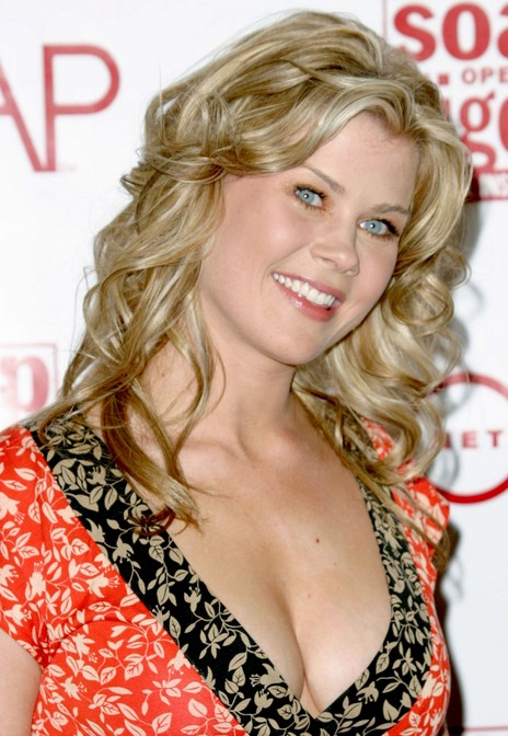 Long Curly Wheat Blonde Summer Party Look Alison Sweeney
