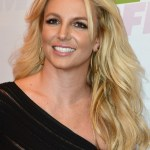 Casual long wavy hairstyle for women - Britney Spears hairstyles