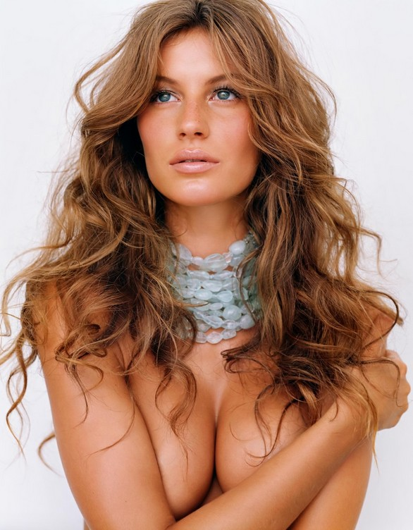 Layered Long Wavy Hairstyle - Gisele Bundchen's Hairstyle