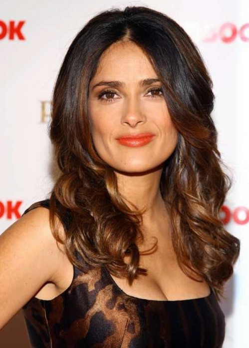 Salma Hayek long hairstyle for square face shape