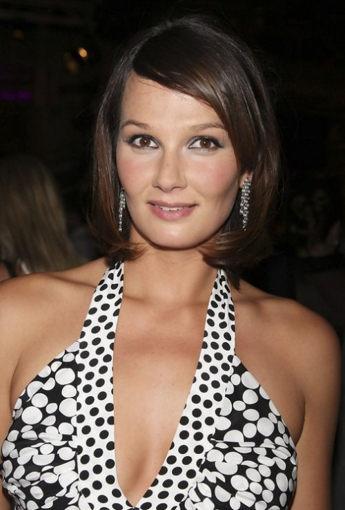 Short Brown Bob Hairstyle with Bangs - Cute Hairstyles for Summer - Franziska van Almsick Haircut