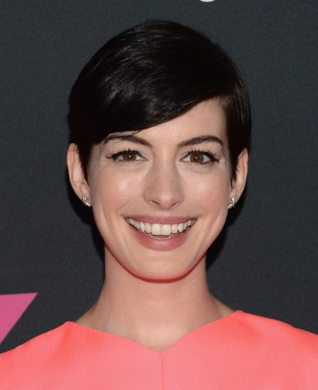 Anne Hathaway Short Hairstyle - Cute Side Parted Black Haircut for 2015
